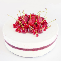 Raspberry, Yoghourt & Mascarpone mousse Cake - Cuisine Addict